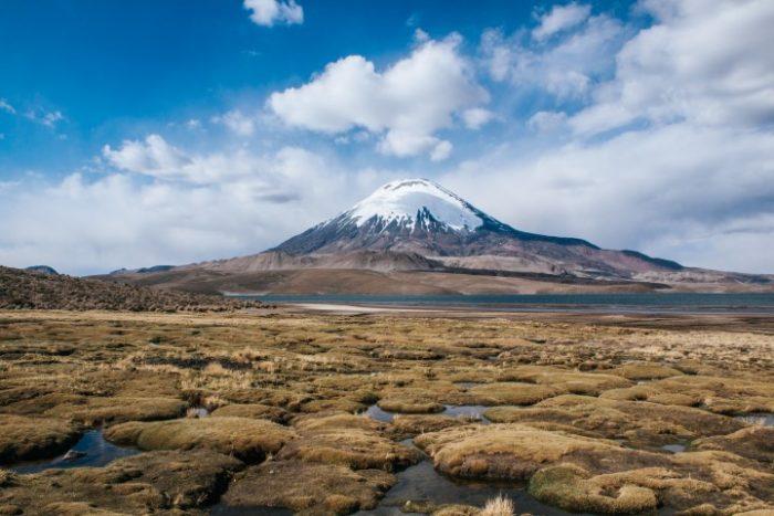 BarfussUmDieWelt-Chile-Chungara-Vulkan-barfuß