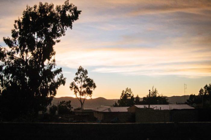 barfuß-BarfussUmDieWelt-Enttäuschender-Schritt-Sonnenuntergang
