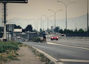 BarfussUmDieWelt-Unbeschwerte-Schritt-JonathanvonRosenberg-Chile-Santiago-Trampen-barfuß